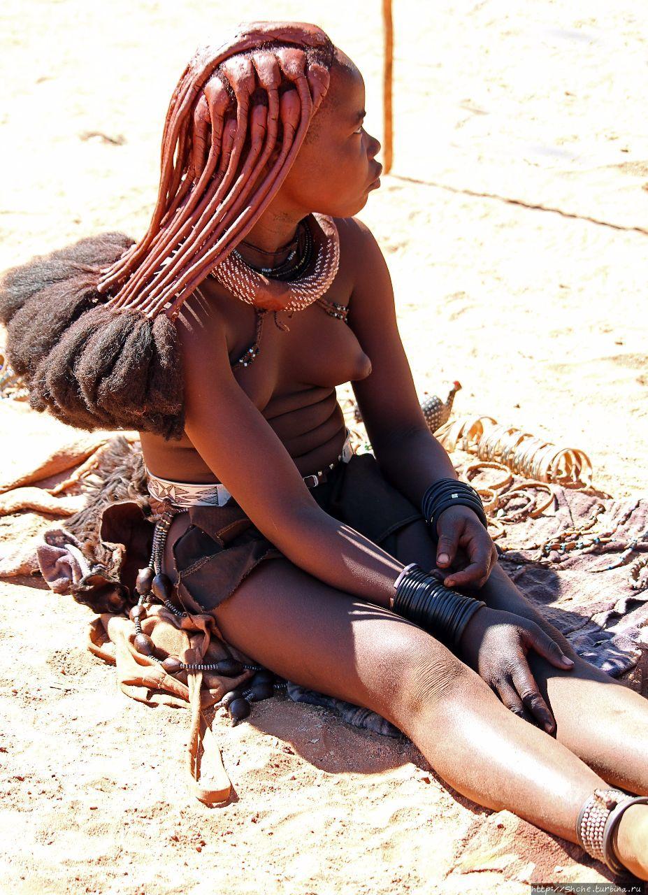 Девушки из племени голые фото 137