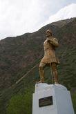 Памятник эльбрусским первопроходцам