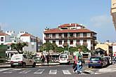 В Пуэрто де ла Крусе приличный выбор отелей и апартаментов на любой кошелек.