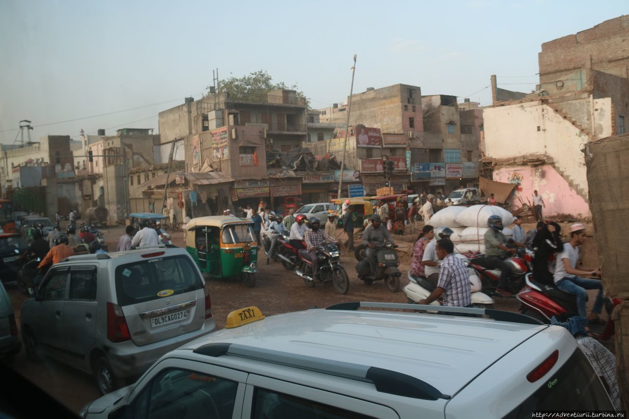 На окраине Дели.