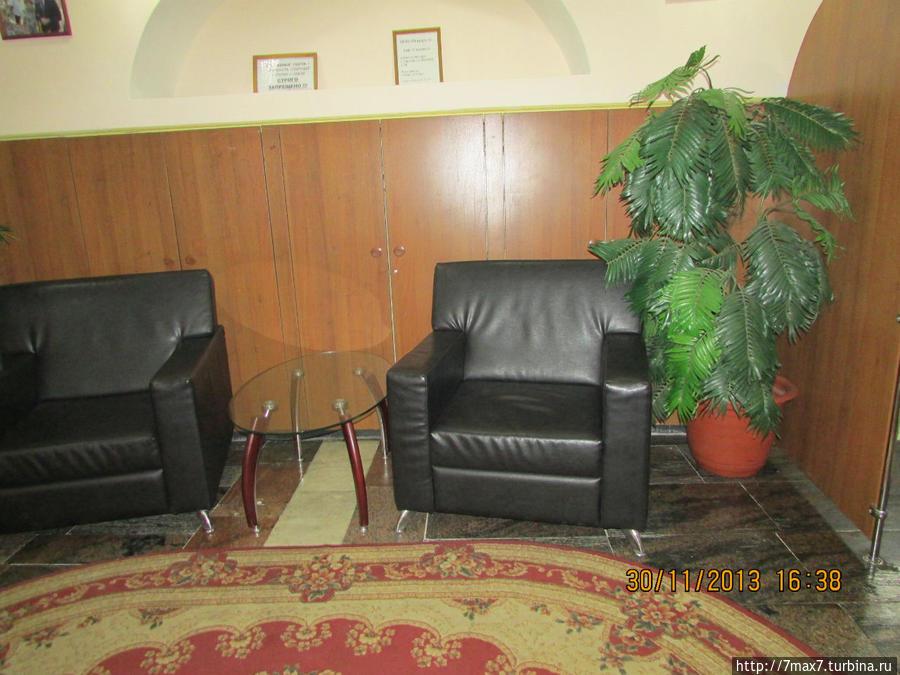 Место отдыха на 2 этаже между залами.