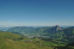 Вид на Мифы и Швиц с вершины Фрональпшток