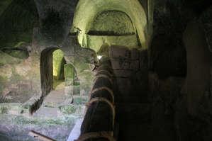 Пещера-маслодавильня