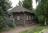 А это и есть тот домик где родился С,М.Костриков (Киров),правда занимала их семья лишь малую часть в этом доме.