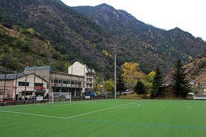стадион гармонично вписался в окружающий пейзаж
