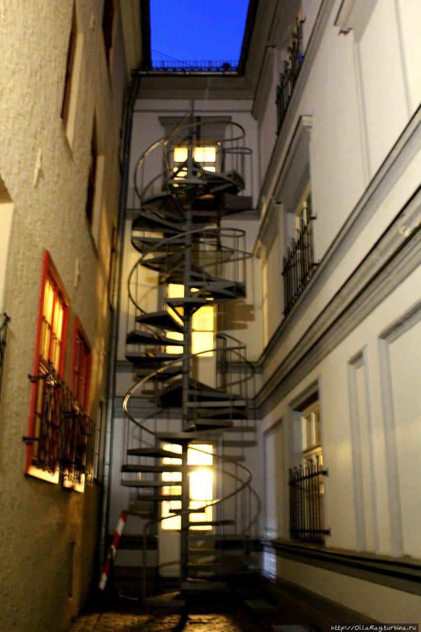 Такая вот лестница.