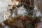 Деталь кафедры, скульптурная группа Воскрешение из мёртвых — пророчество Иезекииля, выполнена И.И.Кристианом в сотрудничестве с Й.М.Фойхтмайером в 1752-1756 г.г.