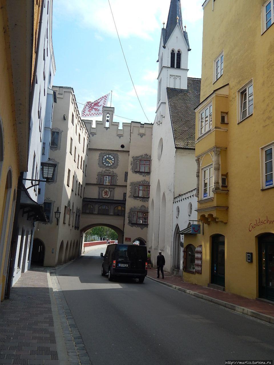 Ворота Бруктор, Шпитальна