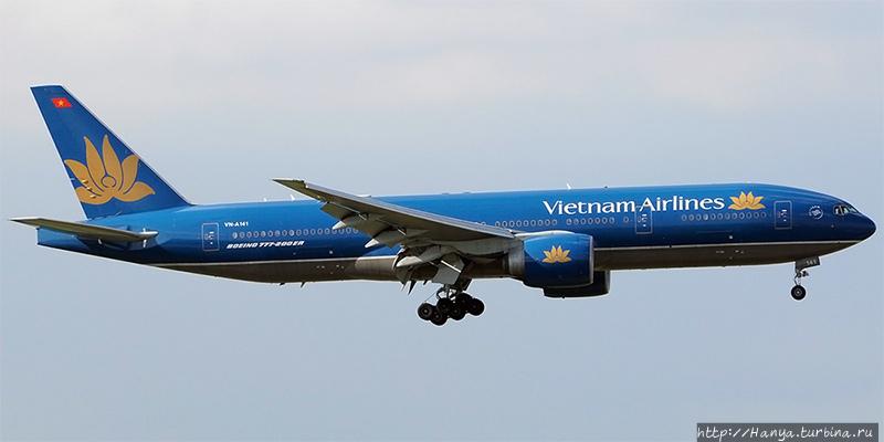 Самолет Вьетнамских авиац