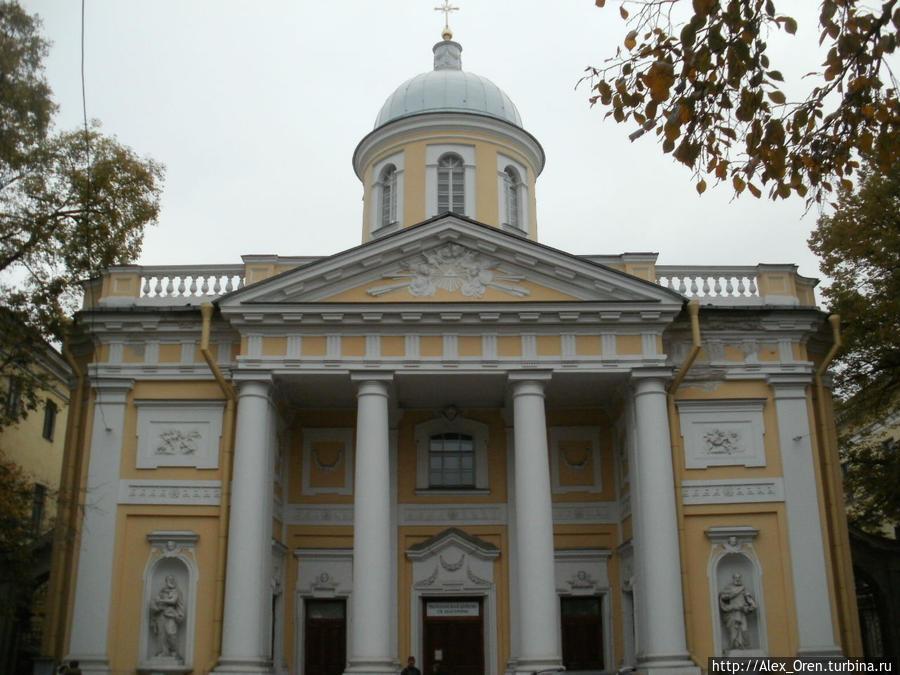 Лютеранская кирха построена в 1768-71 гг. Архитектор Юрий Фельтен.