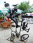 Одна из фантасмагоричных скульптур.