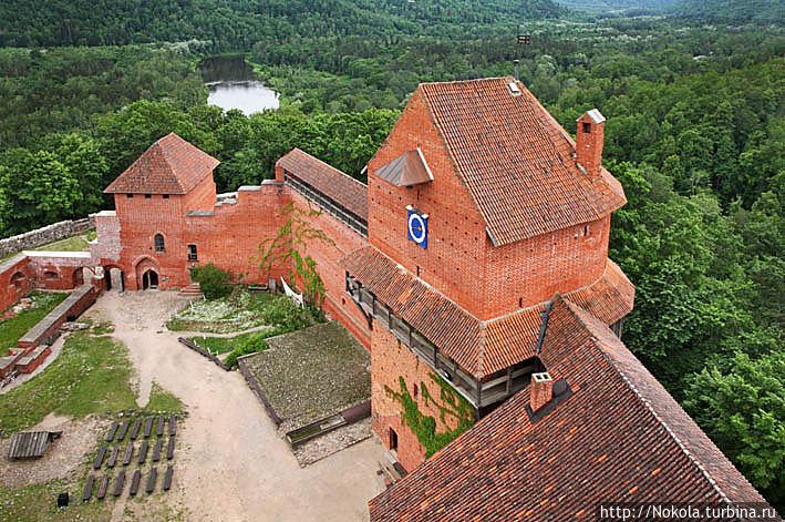 Турайда — замок и окрестности Турайда, Латвия