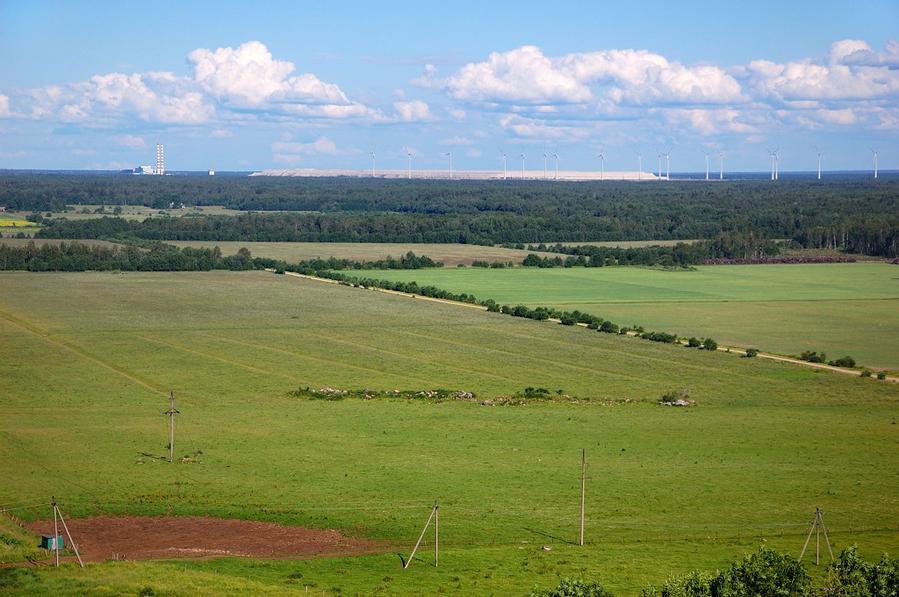 Балтийская электростанция и ветропарк на золоотвале