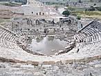 Руины амфитеатра.