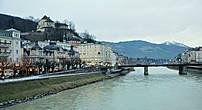 Правый берег или Новый город начал застраиваться в конце XVII — начале XVIII века, когда городу стало тесно на левом берегу.