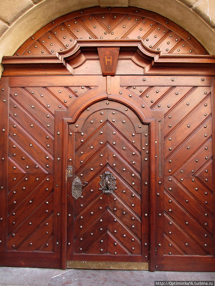 На воротах бывшей Градчан