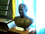Бюст Героя Советского Союза, члена военного совета 39й армии, генерал-лейтенанта Бойко Василия Романовича