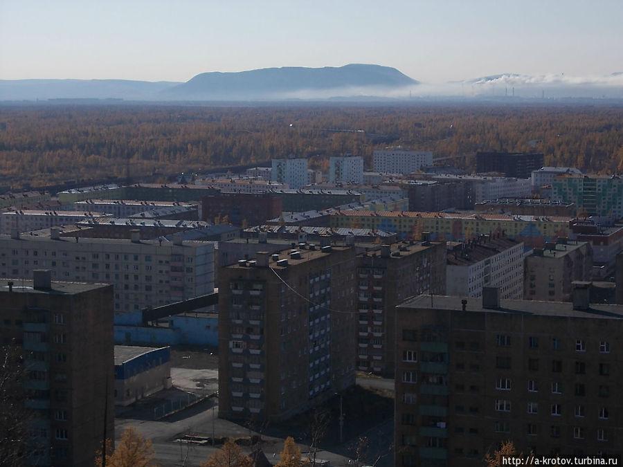 Норильск вдали Талнах, Россия