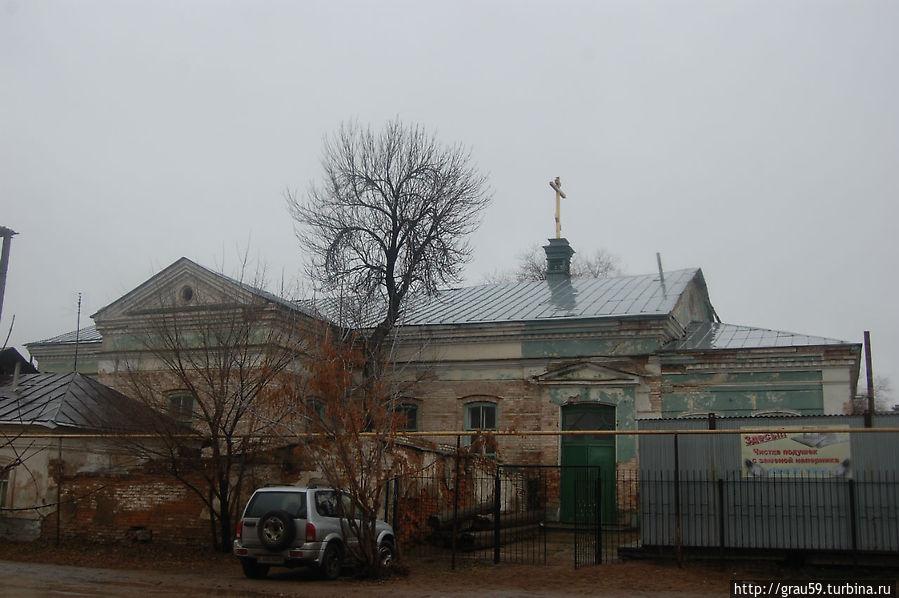 Вид с улицы Савичева