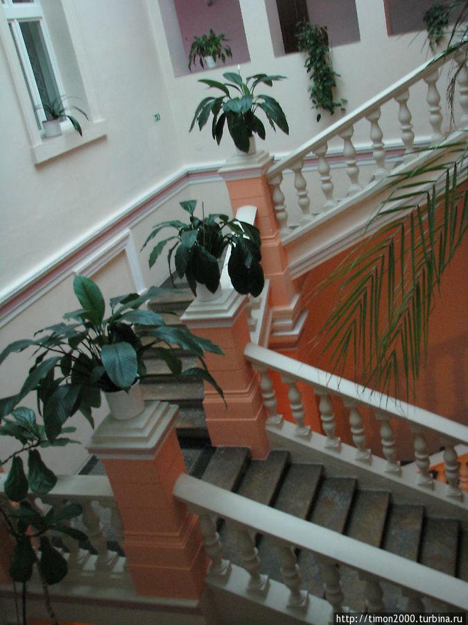 Лестница в гостинице