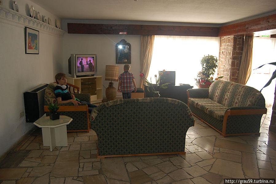 Комната отдыха на первом этаже