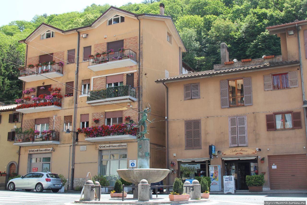 Неми — городок со вкусом клубники Неми, Италия