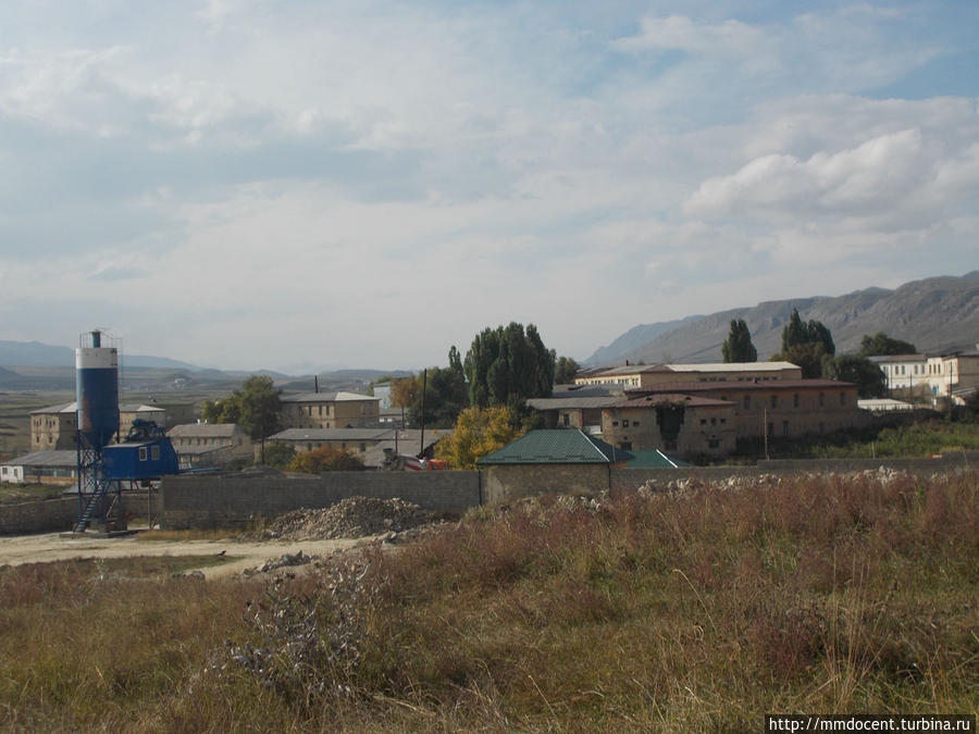 Вид на крепость из села Арани Хунзах, Россия