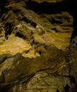 Возможно для их нанесения и была приглашена некая когтистая модель из местного Дома Культуры, но гид уверял, что чуть ли не сам видел здесь настоящего пещерного медведя.