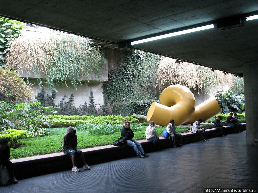 Столица финансов и музей футбола Сан-Паулу, Бразилия
