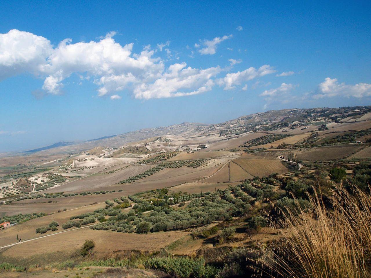 Сицилийский пупок Энна, Италия