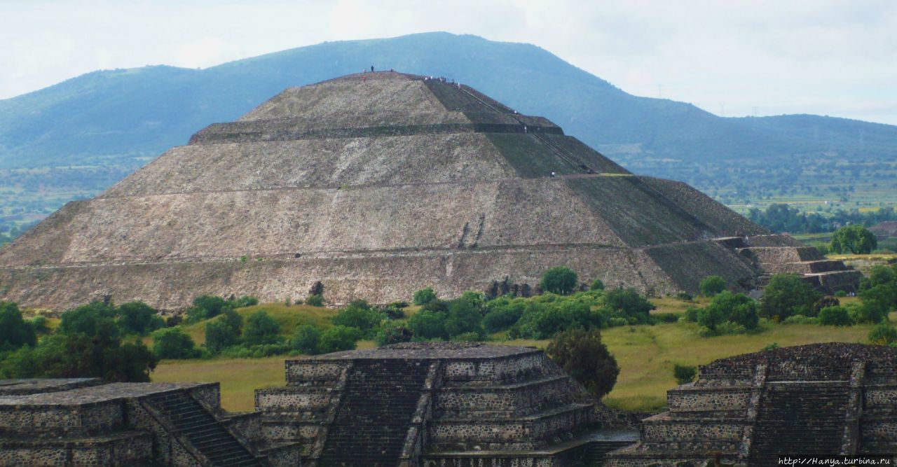 Пирамида Солнца. Из интер