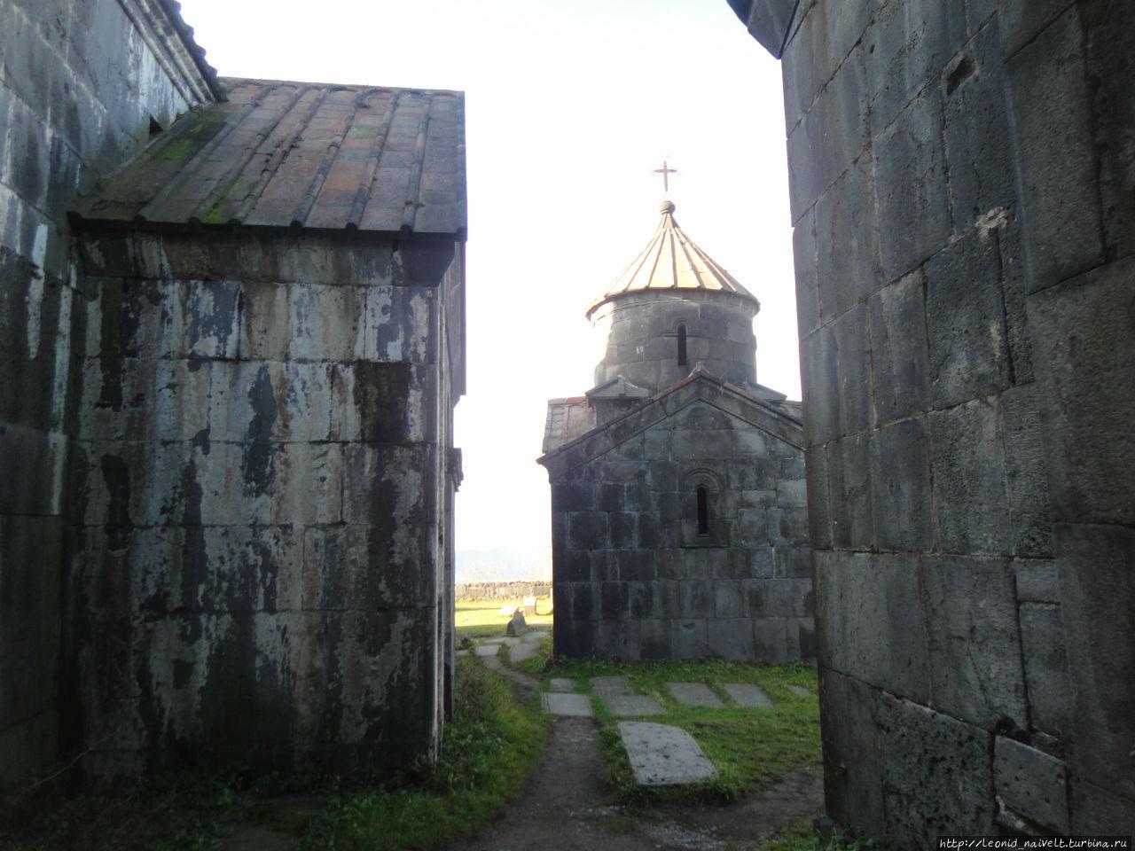 дорогие картинка охват армянский монастырь мохнатый свитер