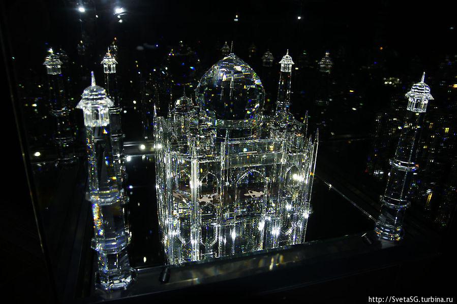 стеклянный замок фото изготавливаем фотообои любого