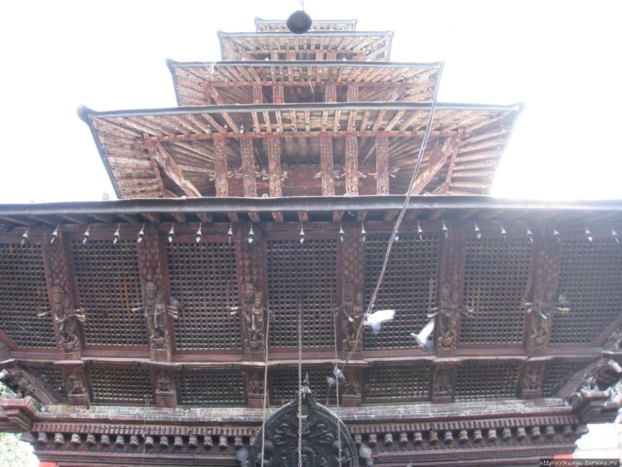 Пятиярусная пагода Sarbes