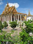 Пагода Wat Preah Keo Moroka — Серебряная Пагода