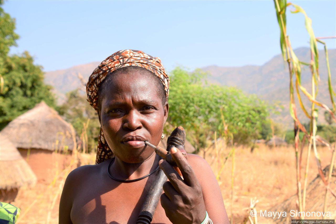Женщины народа Кома. Последние амазонки Алантики. Фото. Куаиль, Камерун