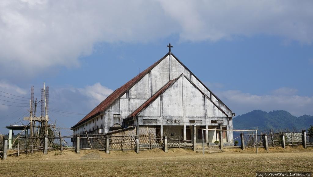 Баптистская церковь в Лон