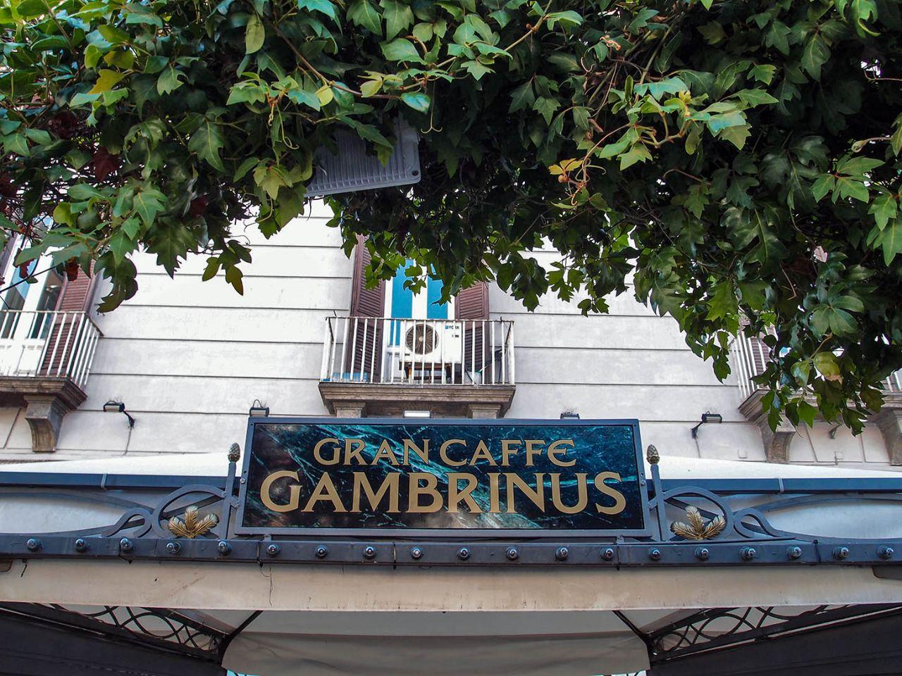 Гран кафе Гамбринус Неаполь, Италия