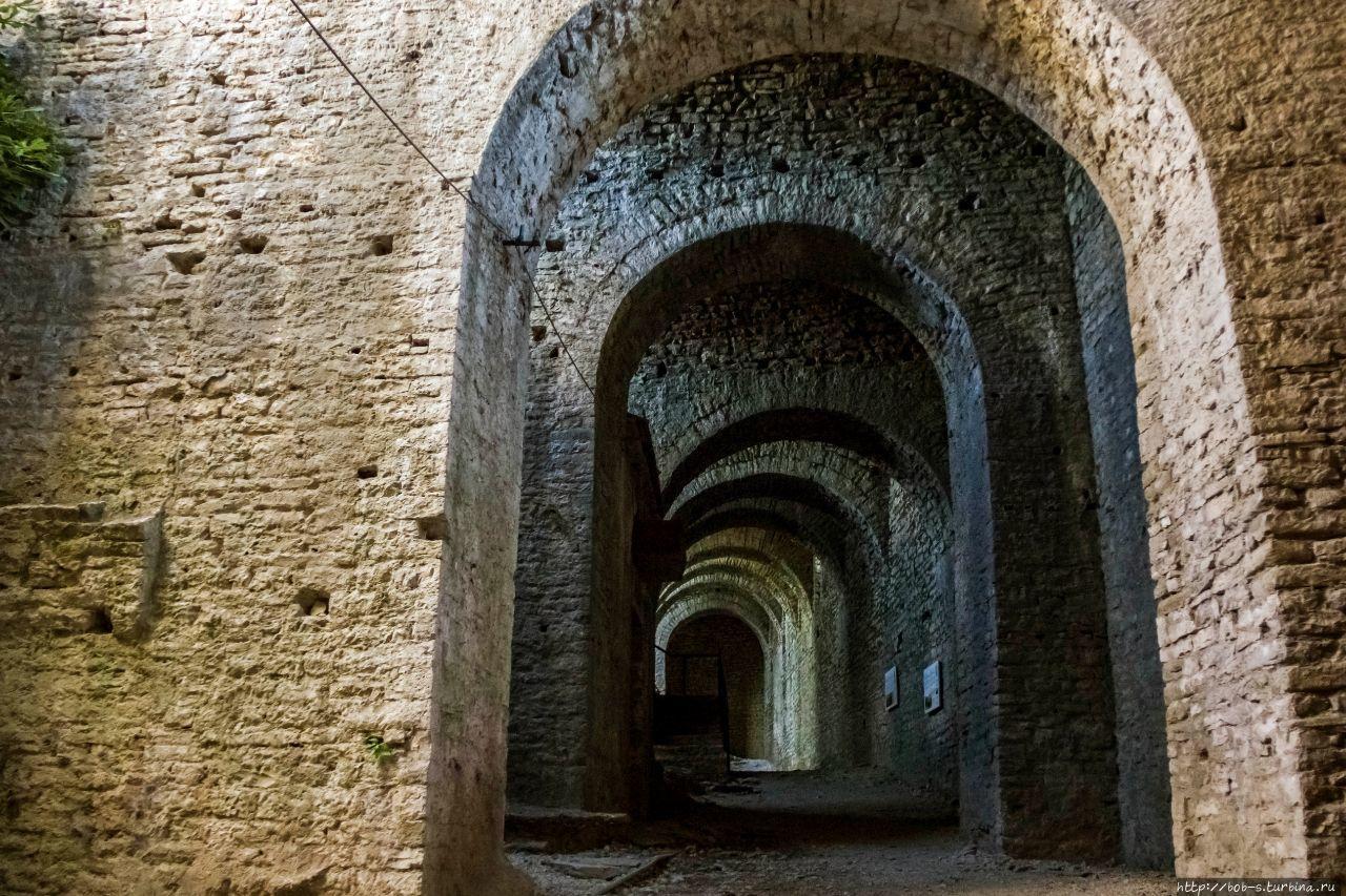 Крепость Гирокастры. Оруж