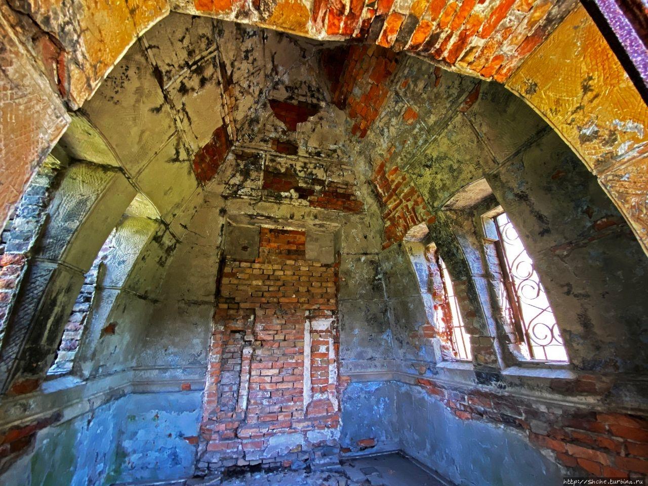 Пирамида-усыпальница Закревских Березовая Рудка, Украина