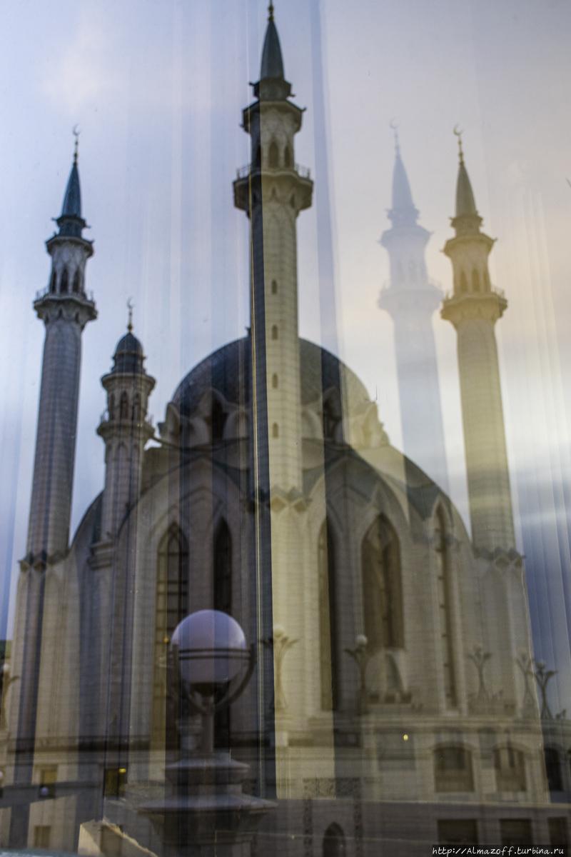 Мирное сосуществование ислама и христианства в Казани Казань, Россия