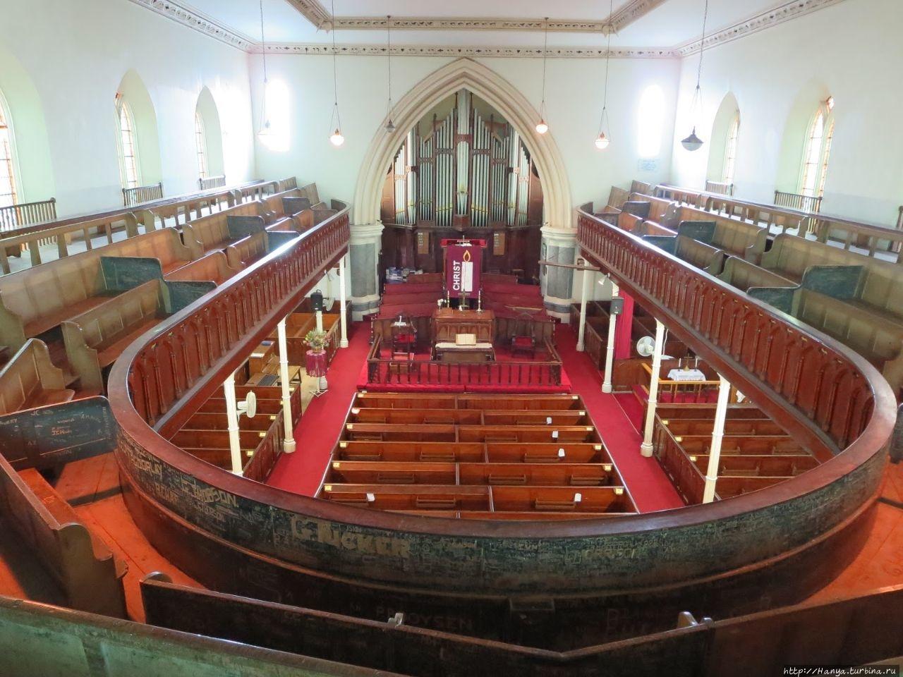 Интерьер церкви. Из интер