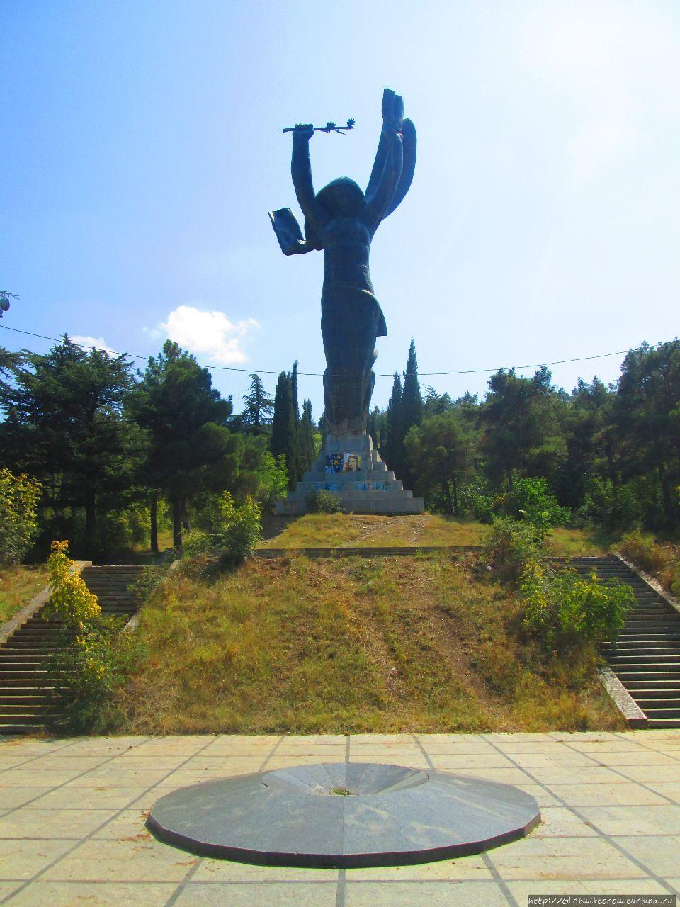 есть идее парк победы тбилиси фото недавнего времени многих