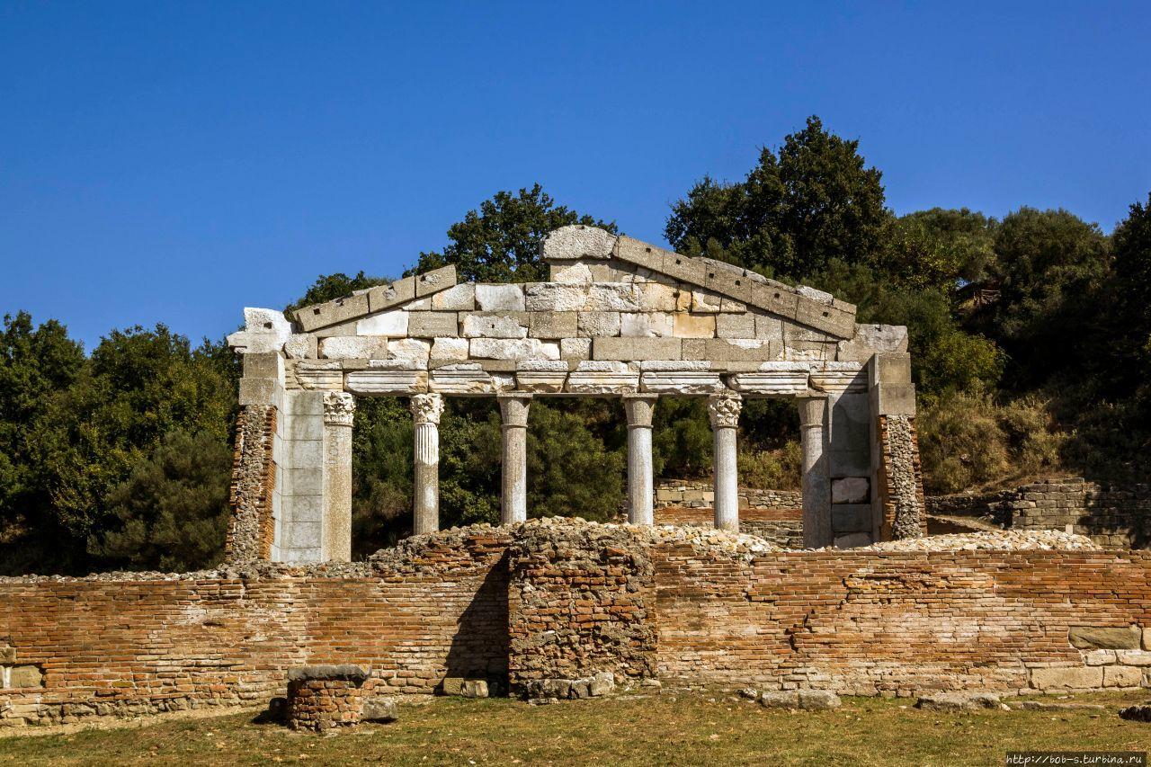 Амфитеатр Аполлонии.