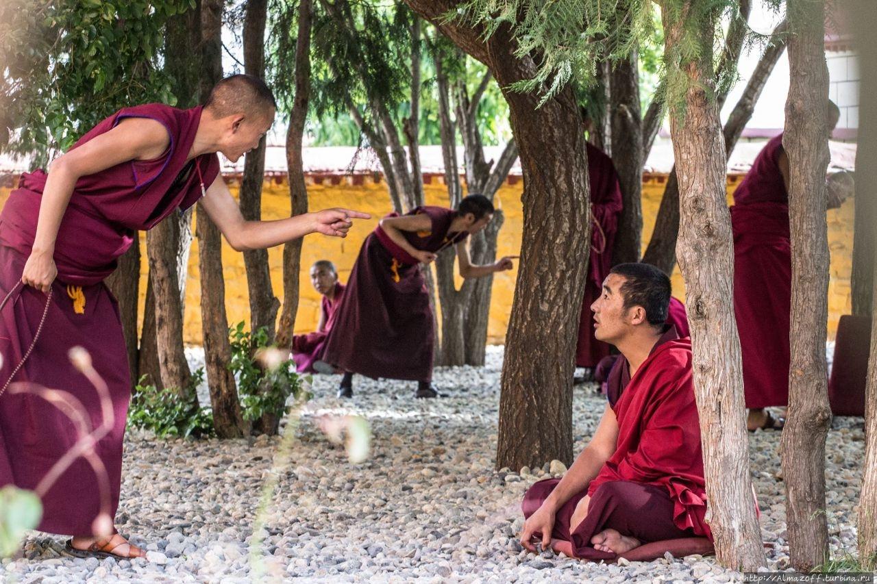 Самый древний буддийский монастырь в Тибете Самье, Китай
