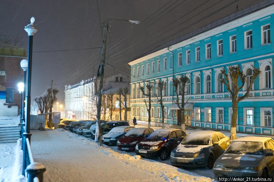 городская фото зимний вечер в кирове была сделана