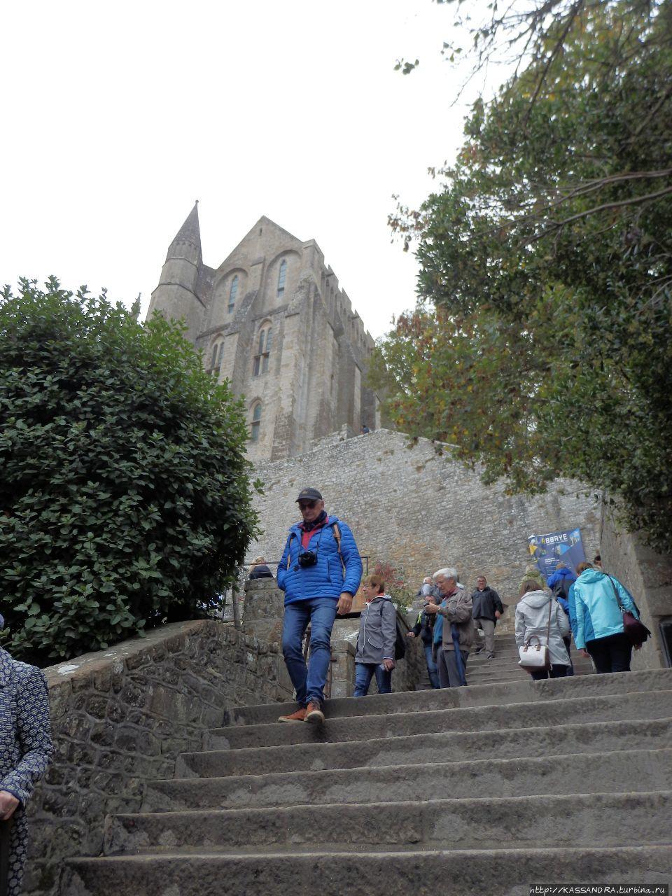 Приходская церковь Святого Петра Мон-Сен-Мишель, Франция