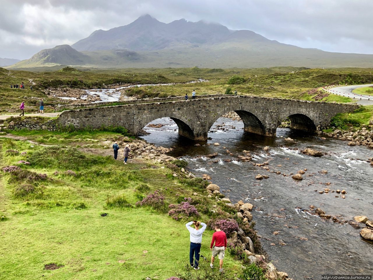 Sligachan Old Bridge, Sky