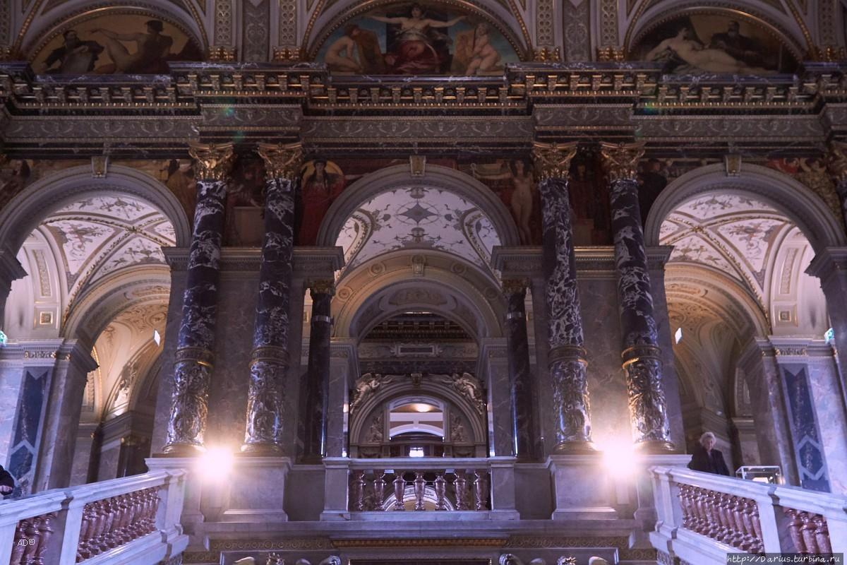 белая римский музей в вене фото итоге счастливчик