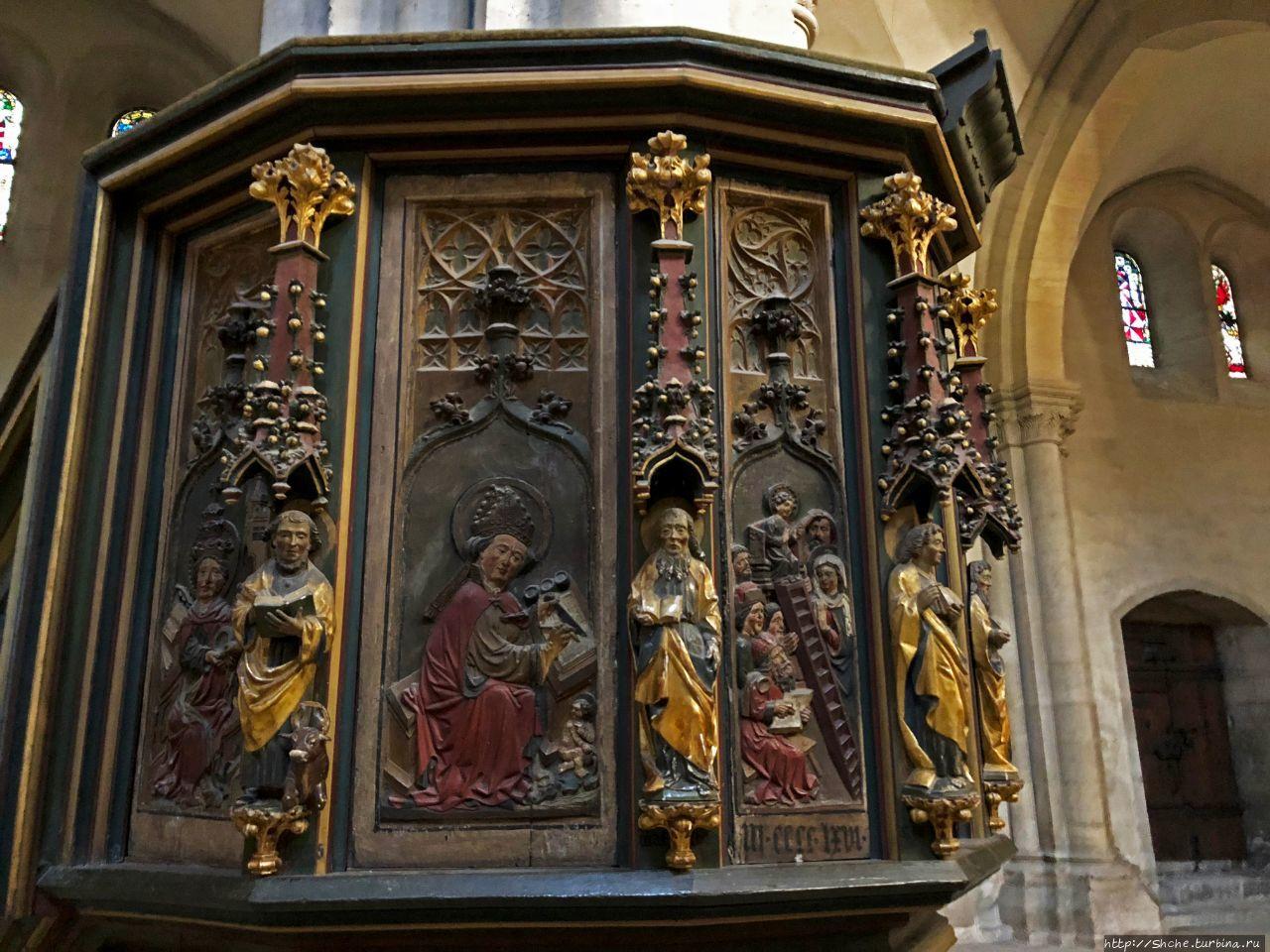 кафедра собора, датируетс